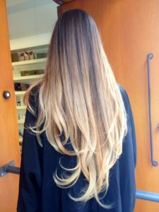 mechas californianas degradadas pelo claro